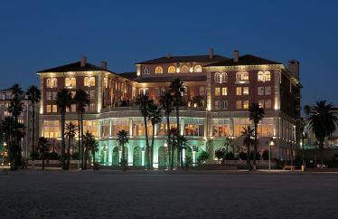 This Is A 5 Star Luxury With Touch Of Extra Cl In Fact Grace Kelly Was Long Time Resident Here