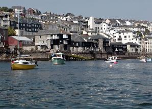picture of falmouth harbour cornwall