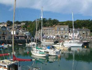 picture of padstow harbour cornwall